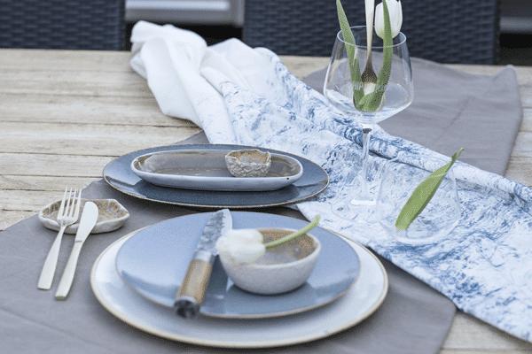 Stayling Table, blauw servies, styliste Hip tafelen