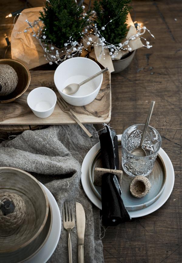 Ecru gedekte kersttafel in Landelijke stijl